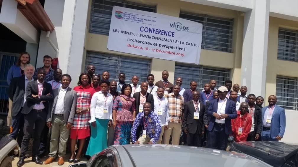 Photo conférence Les mines l'environnement et la santé